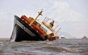 Comunicación de crisis: Evitar el iceberg o achicar agua 1